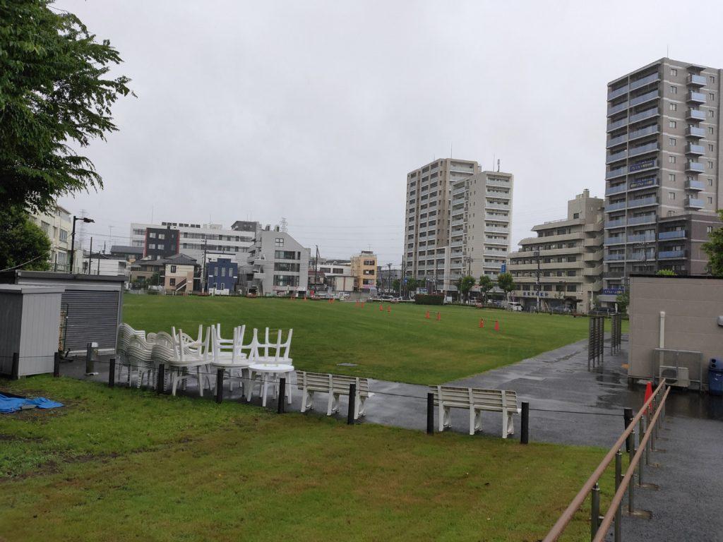 雨の町田シバヒロ